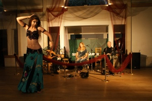 Bellydance show with a live band