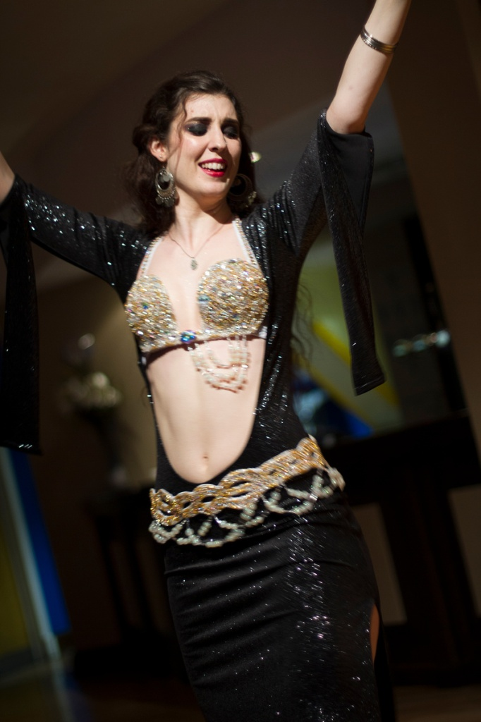 Rachael dances baladi style at the Hipnotic showcase in Reading, May 2014